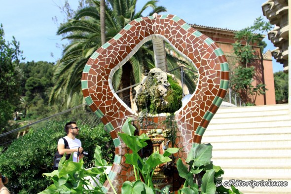 Parcul Guell - the three snakes fontain