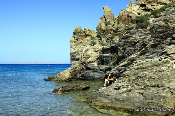 Vai Beach Creta - relaxing on the rocks - right side of the beach