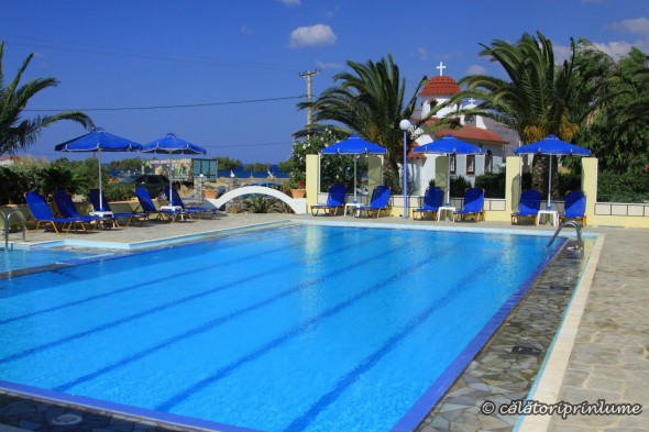 Camping Apollonia swimming pool