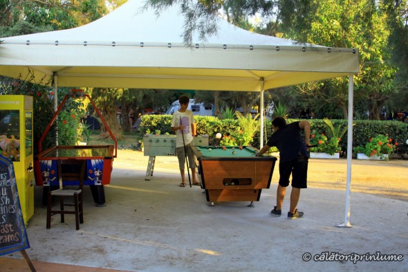 Crete Camping Mithimna playing pool
